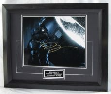 "A33BABM BEN AFFLECK SIGNED - ""BATMAN V SUPERMAN"""